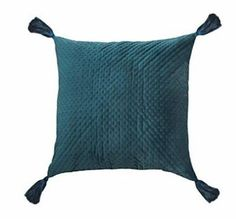 The velvet texture is an expression of luxury. It has two luxurious colors to choose from and is perfect decoration for holiday accents. Pillow Covers, Room Decor, Velvet, Throw Pillows, Texture, Luxury, Decoration, Colors, Holiday