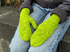 Ravelry: Bouquet mittens pattern by Kristel Nyberg