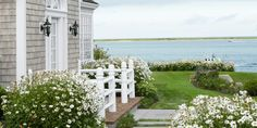 9 Beach House Decorating Ideas From a Massachusetts Home  - CountryLiving.com