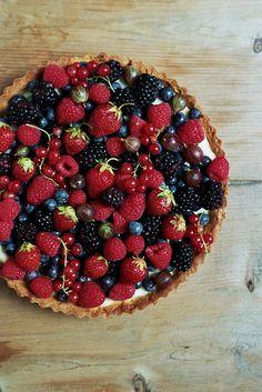 Mascarpone Cream Tart with Fresh Fruit by yossy   apt2bbakingco, via Flickr