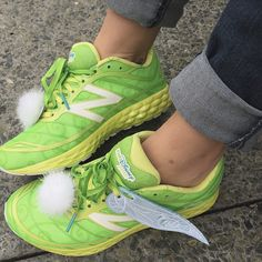 I have been massively obsessed with these @newbalance running shoes made them to look like Tinkerbell shoe fairy wings for FREE over at @thedisneybound!