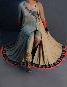Latest Angrakha Style Dresses Designs Collection for Women Pakistan Fashion, India Fashion, Ethnic Fashion, Asian Fashion, Pakistani Fashion Casual, Pakistani Outfits, Indian Outfits, Indian Attire, Indian Ethnic Wear