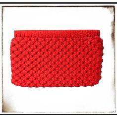 Vintage Red 1970s Macrame Spring Snap Top Clutch