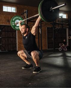 What CrossFit Athlete Rich Froning Eats in One Day Reichhaltiger Froning-Speiseplan Source by . Crossfit Diet, Crossfit Athletes, Crossfit Motivation, Ab Workout Men, Ab Workout At Home, Athlete Workout, Weight Loss Meals, Rich Froning Diet, Froning Crossfit