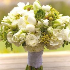 Lovely green and white wedding bouquet. I would add Cape leaf-flowers ass well! It's a kind of South-African Protea Green Wedding, Floral Wedding, Wedding Bouquets, Wedding Flowers, Floral Arrangements, Flower Arrangement, Beautiful Flowers, Simply Beautiful, Marie