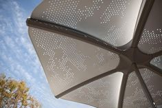 Don't forget sun protection! Our Soleris #Sunshade comes in various perforation patterns, 'Cloud' shown here.