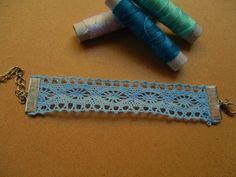 βραχιολάκι από δαντέλα χρώμα: light blue κωδικός: ΤΙ73