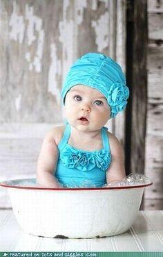 hermosa foto pero mucho más la niña.. una ternura