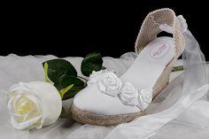 SHOP www.alpargatasluzmartin.es Modelo Rosa, alpargatas para novia