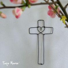 Croix au Coeur - Tante Menoue via au Fil rouge