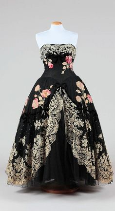 Emilio Federico Schuberth dress - 1950 - Appliqué ribbon roses - The first italian celebrity designer