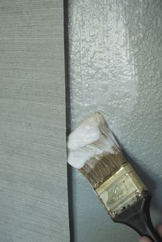 Grasscloth wallpaper: tips on putting it up, comments on taking it down.