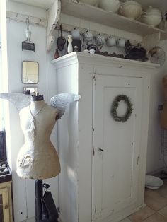 . ▇ #Vintage #Home #Decor via - Christina Khandan on IrvineHomeBlog - Irvine, California ༺ ℭƘ ༻