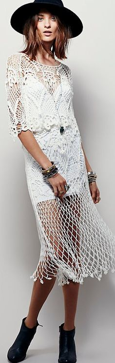 Free People Fall 2015. the top part of the dress is very nice, but I would make different the skirt because it looks like a fish net.