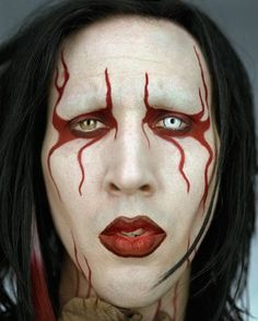 Marilyn Manson, photo by Martin Schoeller Martin Schoeller, Celebrity Faces, Celebrity Portraits, Male Portraits, Makeup Inspo, Makeup Inspiration, Brian Warner, Marilyn Monroe, Marilyn Manson Makeup