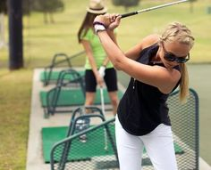 The Best Golf Clothes for Women (and how to comply with dress codes without sacrificing your style!)