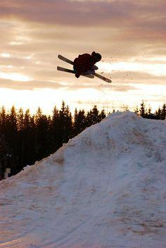 Spring skiing #freeski #sunset #snow