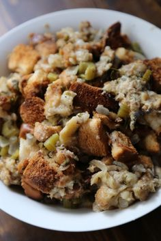 Crock Pot Stuffing Recipe perfect for Thanksgiving! The slow cooker does all the work!