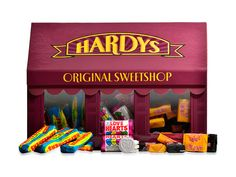 Hardys Classic Shop Box 470g Photography – David Comiskey  Copyright © 2015 Hardys Trading Ltd, All Rights Reserved.