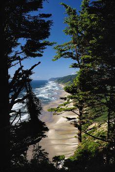 Hobbit Beach - Oregon - USA