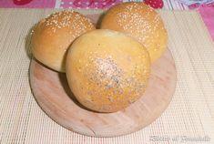 Panini all'olio con farina di farro Panini, Pancake, Hamburger, Pizza, Bread, Food, Pancakes, Brot, Essen