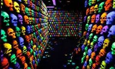 More Than Meets The Eye | Halloween - Windows and walls One of the halls in he 3D maze...VERY cool and creepy!!!!!!