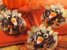 Cute Thanksgiving Turkey Cookies