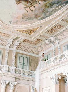 Refined Bridal Fashion Inspiration in Russia