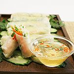 Fresh Avocado Spring Rolls with Sweet Thai Dipping Sauce