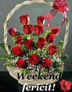 Basket of red roses Rosen Arrangements, Basket Flower Arrangements, Beautiful Flower Arrangements, Floral Arrangements, Beautiful Roses, Beautiful Flowers, Valentines Flowers, Funeral Flowers, Flower Boxes