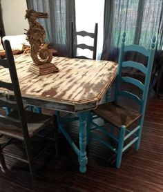 We Chicu0027d This Shabby Chic Antique Dining Room Table Set With Ladder Back  Chairs!