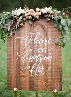 Wood Spring Wedding Welcome Sign #BarnWeddingIdeas