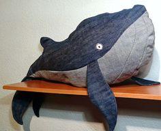 La hipótesis Gaia: DIY, ballena con tela vaquera