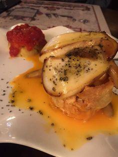 Nueva Carta otoño/Invierno 2016: Boletus edulis braseados con huevos de corral estrellados, lágrimas de foie, aceite de trufa negra y bouquet de patatitas bravas