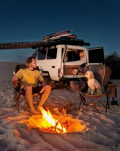 Find The Best Tips For Camping Right Here. If you want to make your next camping trip an experience to remember, you need to get informed. Todo Camping, Truck Camping, Camping Trailers, Beach Camping, Travel Photographie, Sick Puppies, Saint Nazaire, Camping Aesthetic, Camping Photography