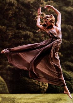 I think dancers are just the coolest. I love what they are capable of. In my dream world, I'm a dancer. :-)