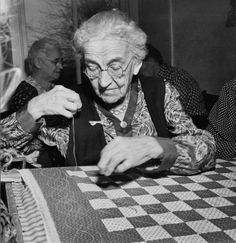 Moravian sewing circle : In Grandmother's Day   Old-Time Happy Housewifery