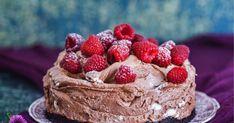 Herkullinen suklaajuustokakku onnistuu myös ilman liivatetta! Leivo iki-ihana jäädytetty suklaajuustokakku juhliisi.