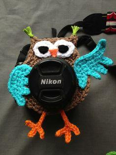 Owl lens buddy - crochet. $10.00, via Etsy.