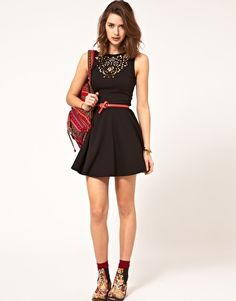 Would style it differently, but LOVE the dress. :)