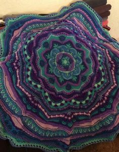 Mandala Madness - Free Pattern on Ravelry ... This one is by M. Monroe