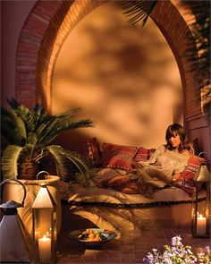 What a lovely moment sitting in the terrace of a Four Seasons room in Marrakech at sunset. Morrocan Interior, Morrocan Decor, Moroccan Design, Moroccan Style, Four Seasons Marrakech, Four Seasons Room, Spanish House, Marrakesh, Moorish