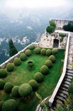 secret garden,france, Provence-Alpes-Cote d´Azur, Alpes-Maritimes, Gourdon. Oh The Places You'll Go, Places To Travel, Landscape Design, Garden Design, Parcs, Dream Garden, Beautiful Gardens, Outdoor Gardens, Roof Gardens
