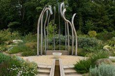 Garden by Andy Sturgeon FSGD.  Photo: Helen Fickling