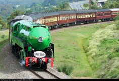 News Around The World, Around The Worlds, Old Steam Train, Railroad Pictures, Abandoned Train, Train Art, Train Pictures, Steam Engine, Steam Locomotive