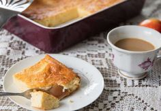Schneller Topfenkuchen Foto: Claudia Plattner French Toast, Breakfast, Food, Souffle Dish, Oven, Easy Meals, Chef Recipes, Morning Coffee, Essen
