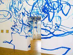 Otto Zitko, site-specific installation in the GfZK Museum for Contemporary Art, Leipzig, Sourc Urban Intervention, Wall Murals, Wall Art, Kunst Online, Hand Painted Walls, Museum Of Contemporary Art, Wall Patterns, Installation Art, Interior Design