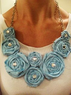 fabric rosette necklace tutorial
