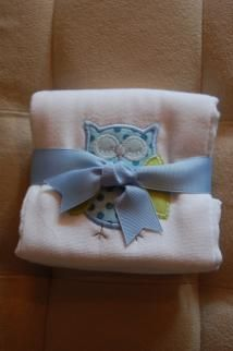 """APPLIQUED BLUE OWL BURP PAD 3 Marthas'  burp pads aren't just beautiful - they are one of the most useful products we offer. 3 Marthas'  super absorbent burp pads measure a generous 14.5"""" by 21"""" and are made of 100% cotton ."""