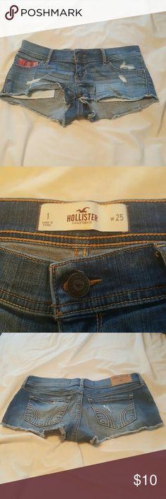 Blue jeans hollister shorts. Blue jeans hollister shorts. Only worn a few times. Hollister Shorts Jean Shorts